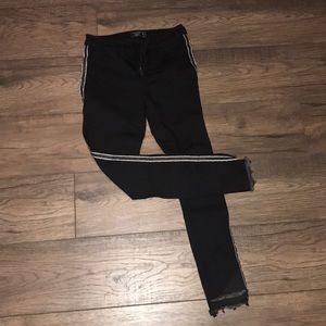 Abercrombie and Fitch Harper low rise ankle